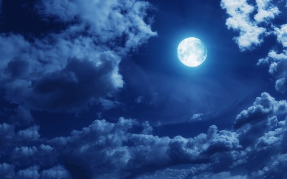 full-moon-stars-clouds-wallpaper-2